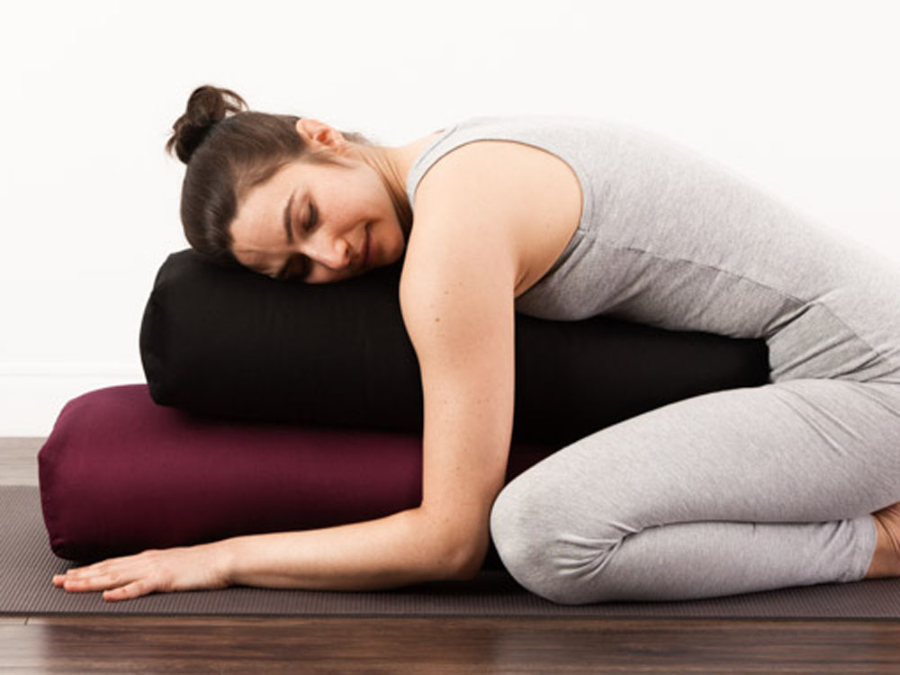 Best Yoga Bolster Reviews Amp Comparison Chart Topstretch
